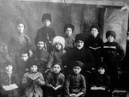 какими были отношения между младшими и старшими на кавказе