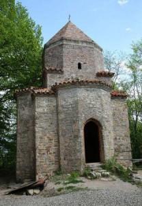 сохранившиеся памятники древней грузинской архитектуры