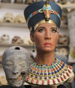 как выглядела Нефертити