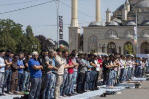 что сейчас значит религия для чеченцев