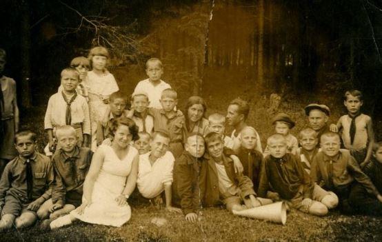 что такое пионерские лагерь, отряд, дружина и пионервожатый