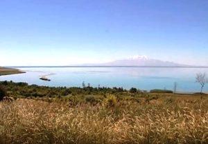 где находится озеро Ван