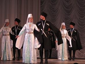 какие народы самые многочисленные на кавказе