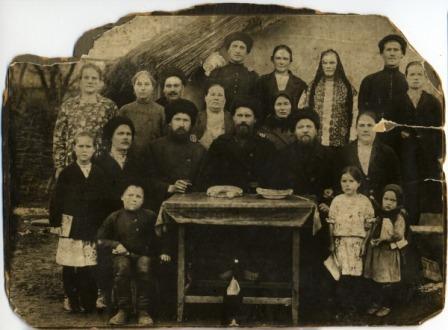 кто из русских первыми поселились на кавказе