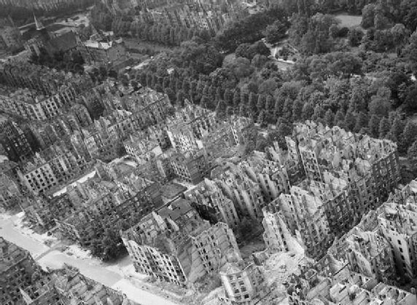 как терроризировали германию во время второй мировой войны