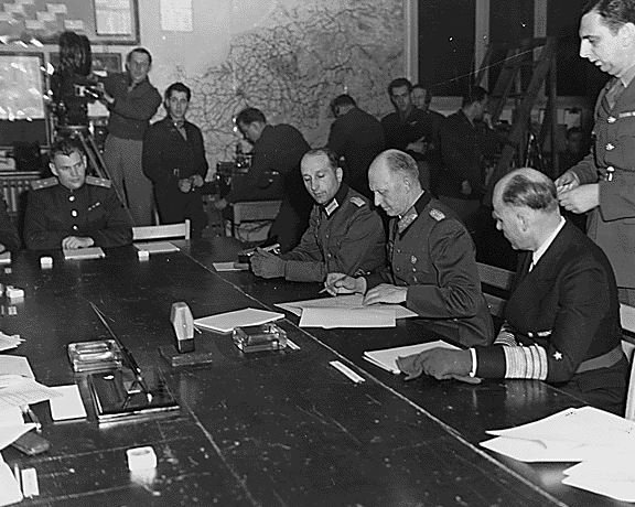где был подписан акт о капитуляции германии