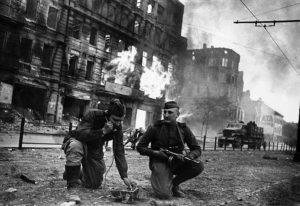 хорошо ли защищали немцы берлин